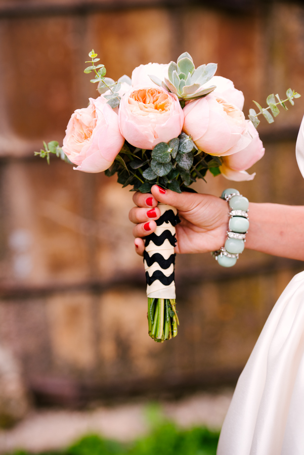 Lori Kennedy Photography  nailed it, mod loves chevron...and so do we!