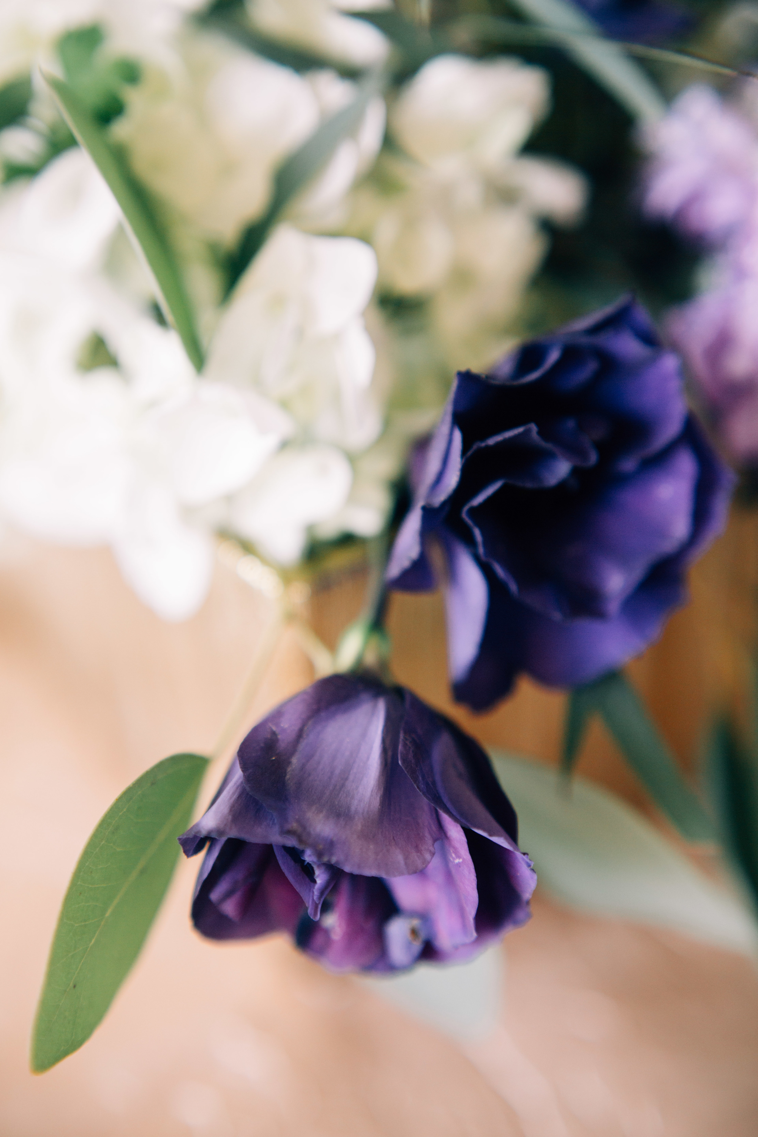 Flowers by Lace and Lilies, Purple Fall Wedding, Hydrangea, Lisianthus, Eucalyptus