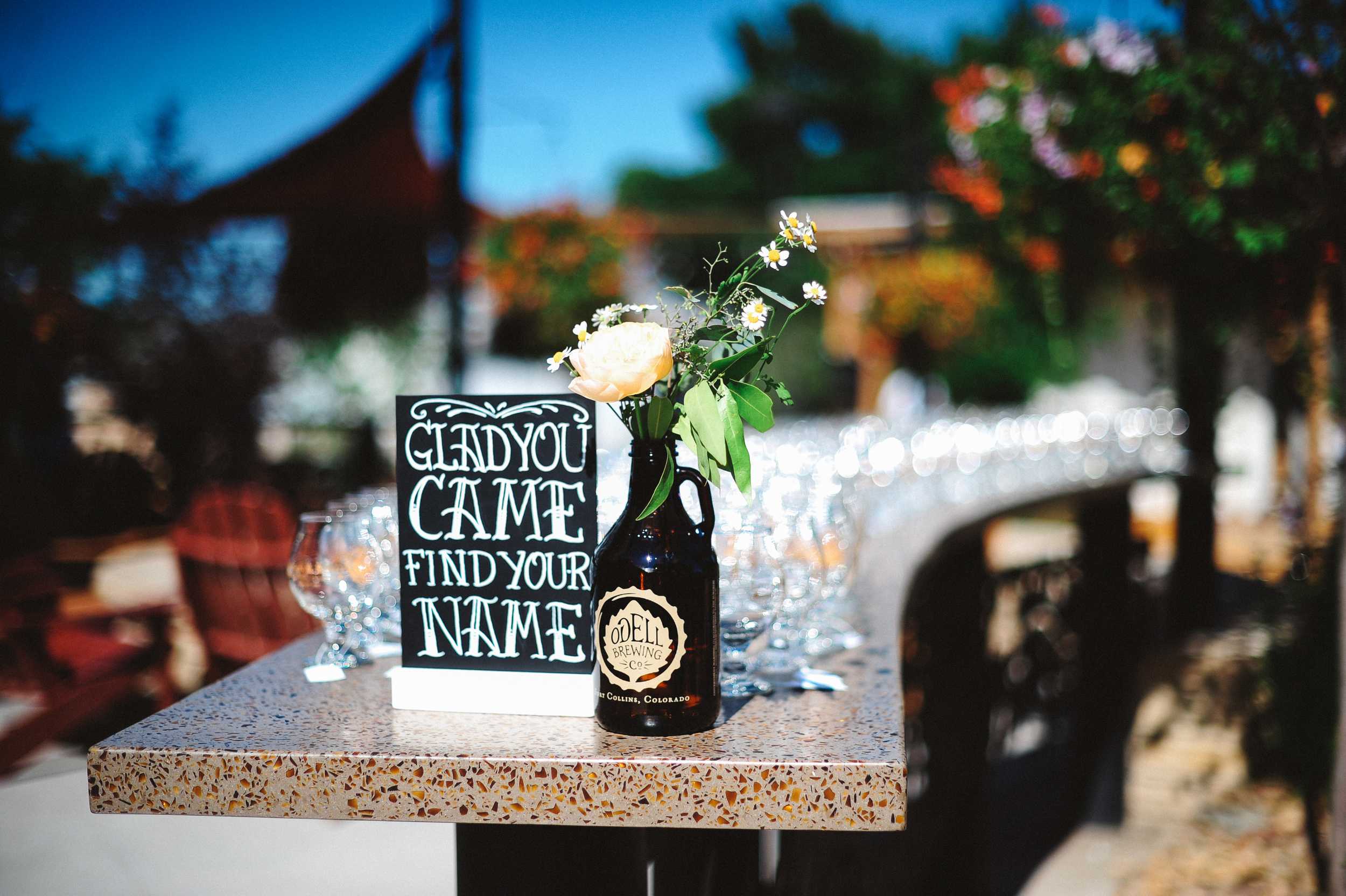 Flowers by Lace and Lilies, Odells Brewery Wedding, Growler Flowers, Garden Rose, Wedding Details