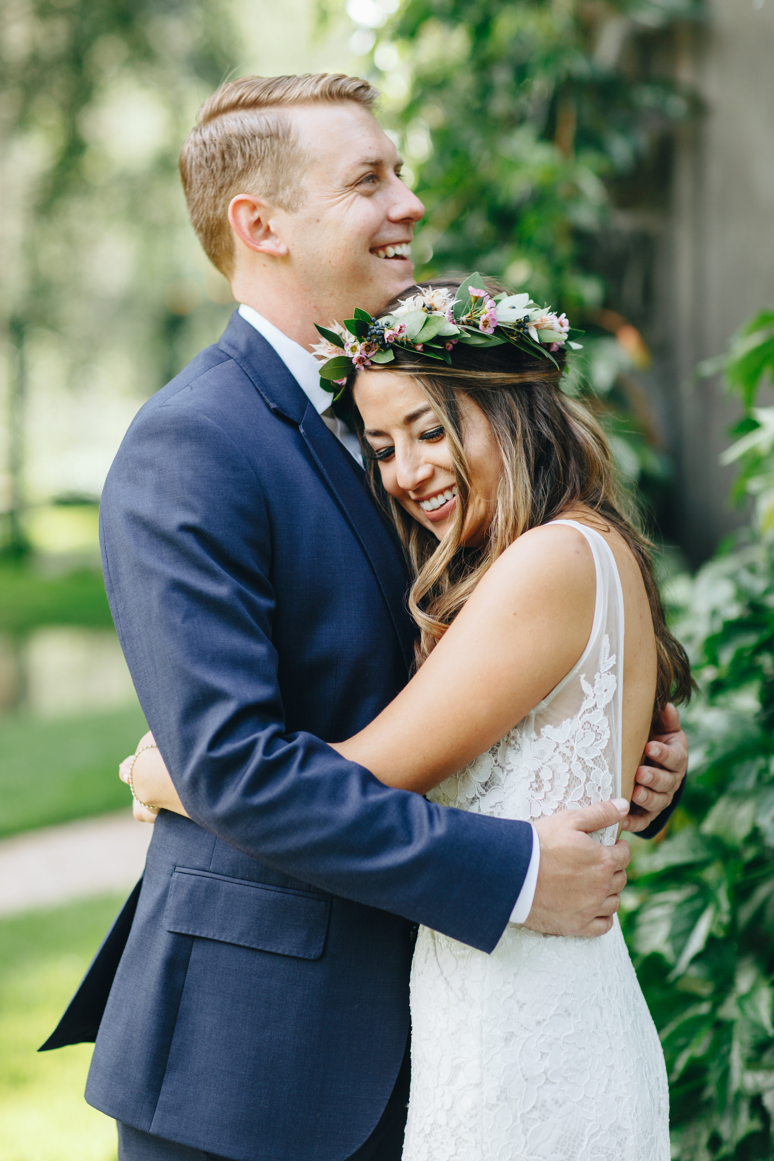 Flowers by Lace and lilies, jewel tones, colorful, bridal bouquet, hair crown, plants and flowers, colorful arch, castle wedding, colorado wedding, dunafon castle wedding jewel toned wedding, berry toned wedding,