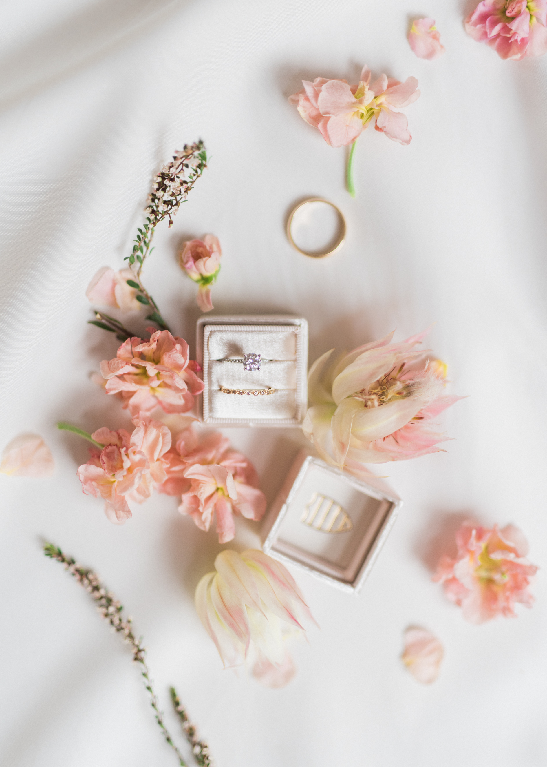 Flowers by Lace + Lilies, wedding flowers, estes park wedding, blush and burgundy, foliage, greenery, bridal bouquet, mountain wedding, wedding photography