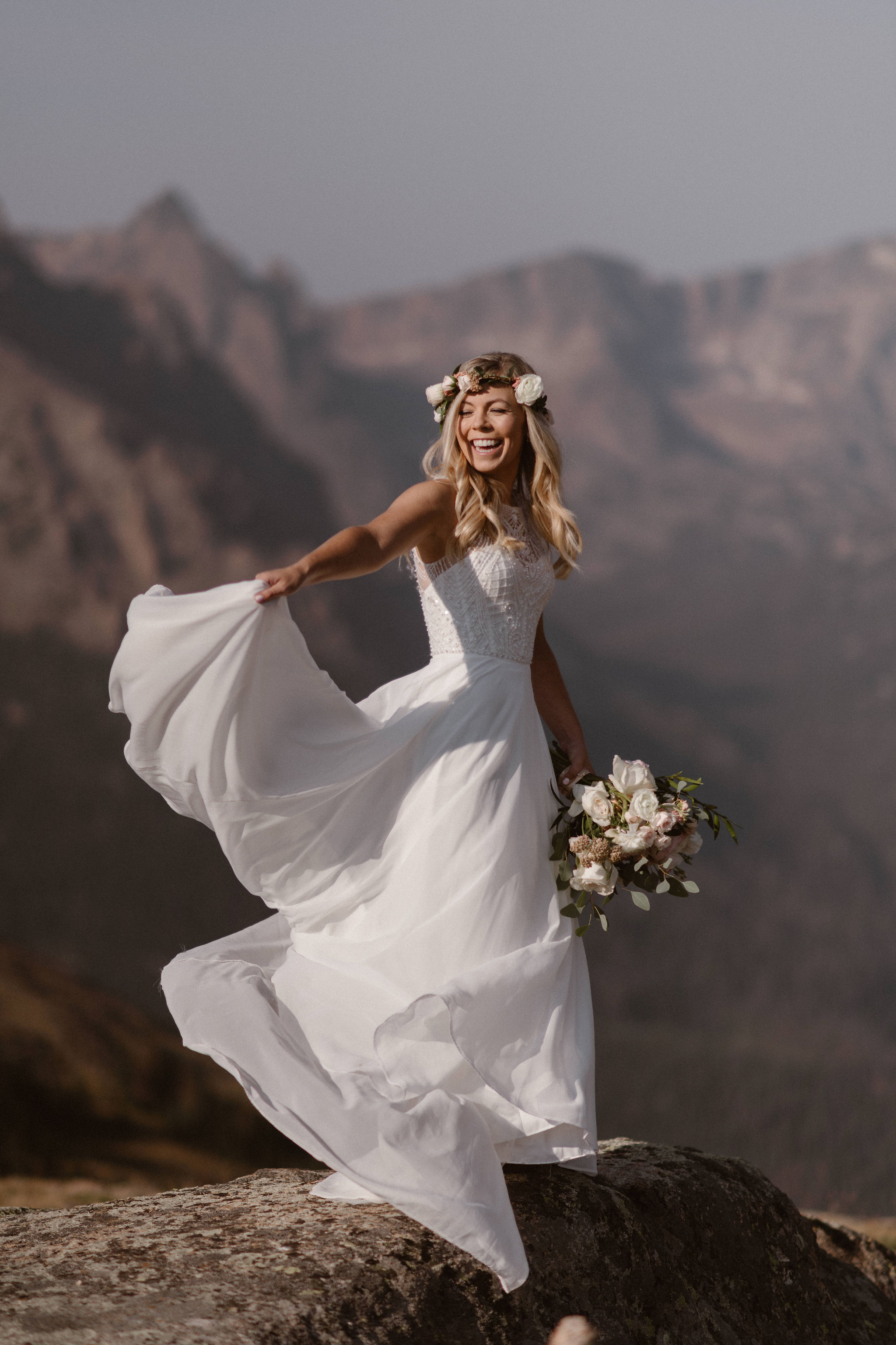 Flowers by Lace and Lilies, bridal bouquet, wedding bouquet, elopement, colorado wedding, colorado elopement, hair flowers, flower crown