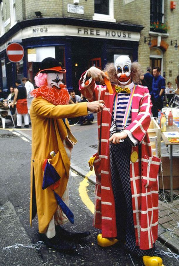 Damien Hirst and Angus Fairhurst outside The bricklayer's arms at the Fete Worse than Death, taken by Guy Moberly