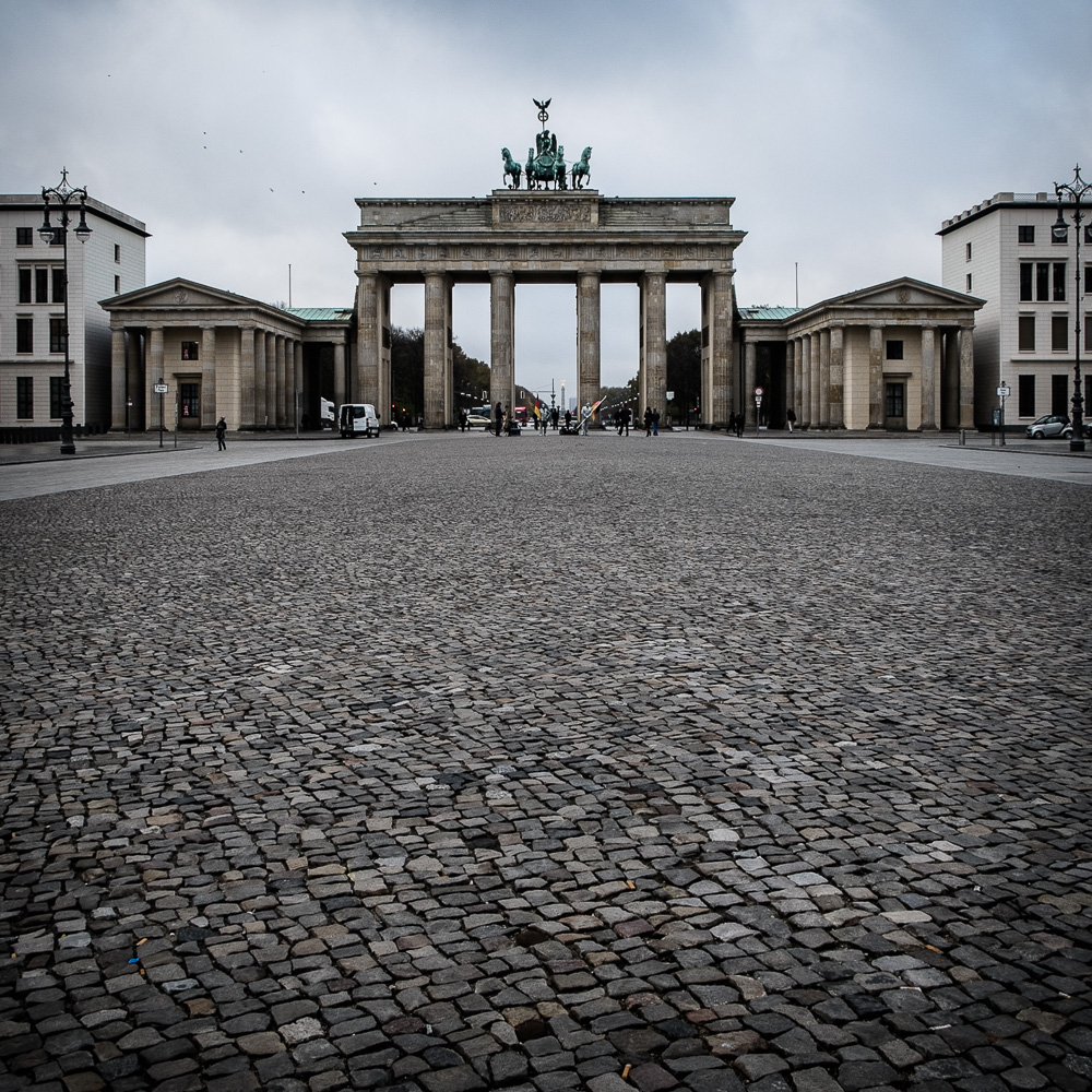 Early morning at the Brandenburger Tor without crowds and tourist traps
