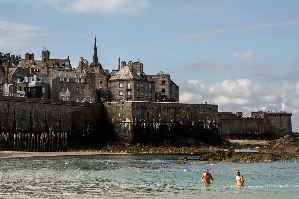 St. Malo walls and swimmers