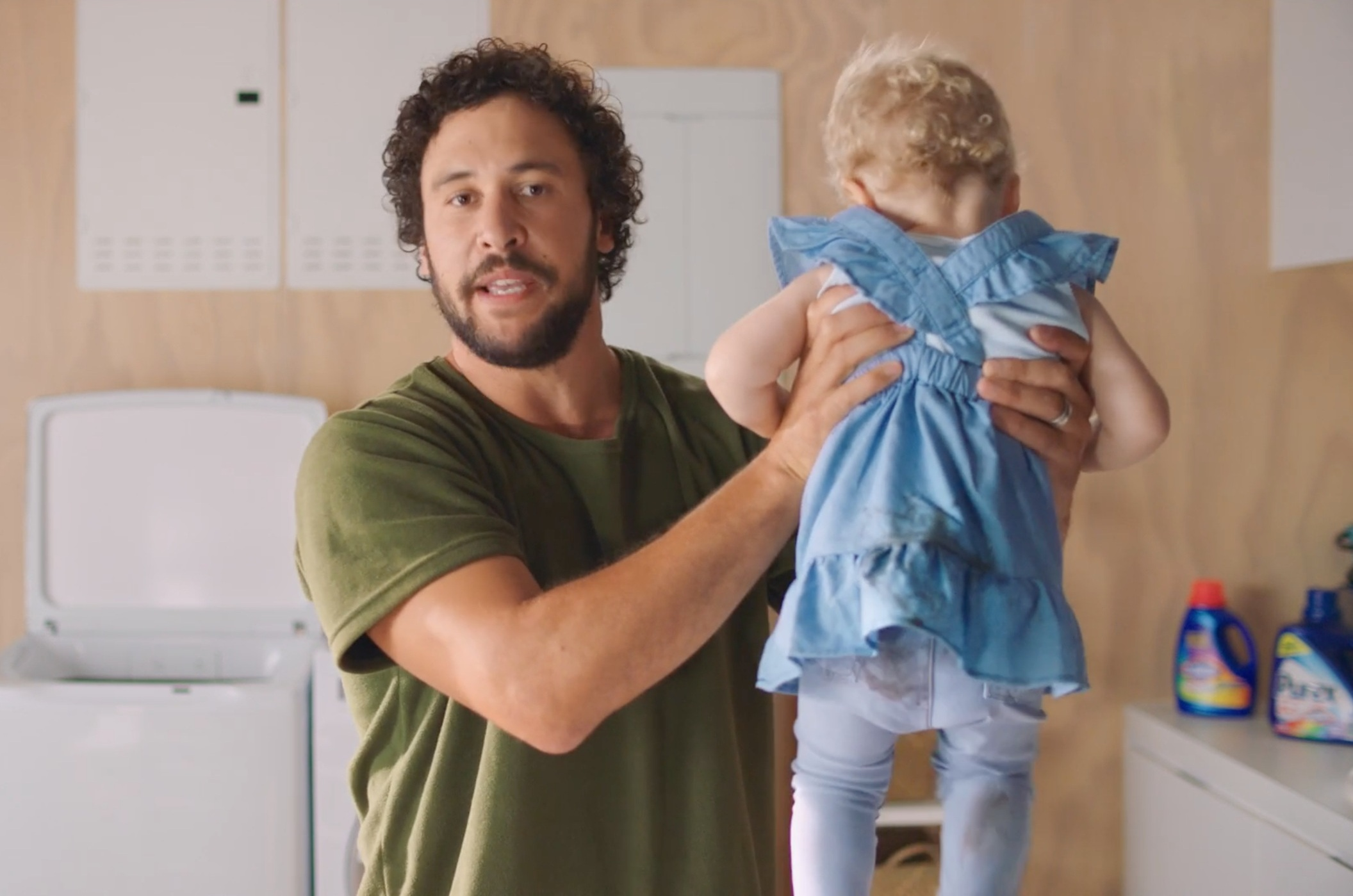 Dads do laundry! Feminism's working! - Purex - The Smart Way to Do Laundry