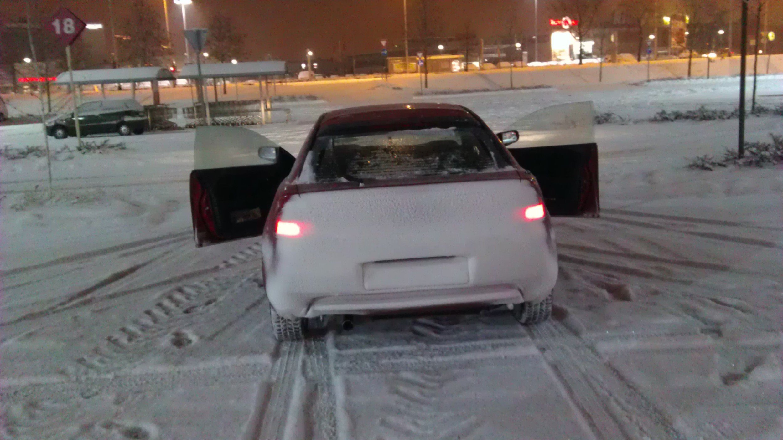 Zabacali smo Mazdu snijegom do krova