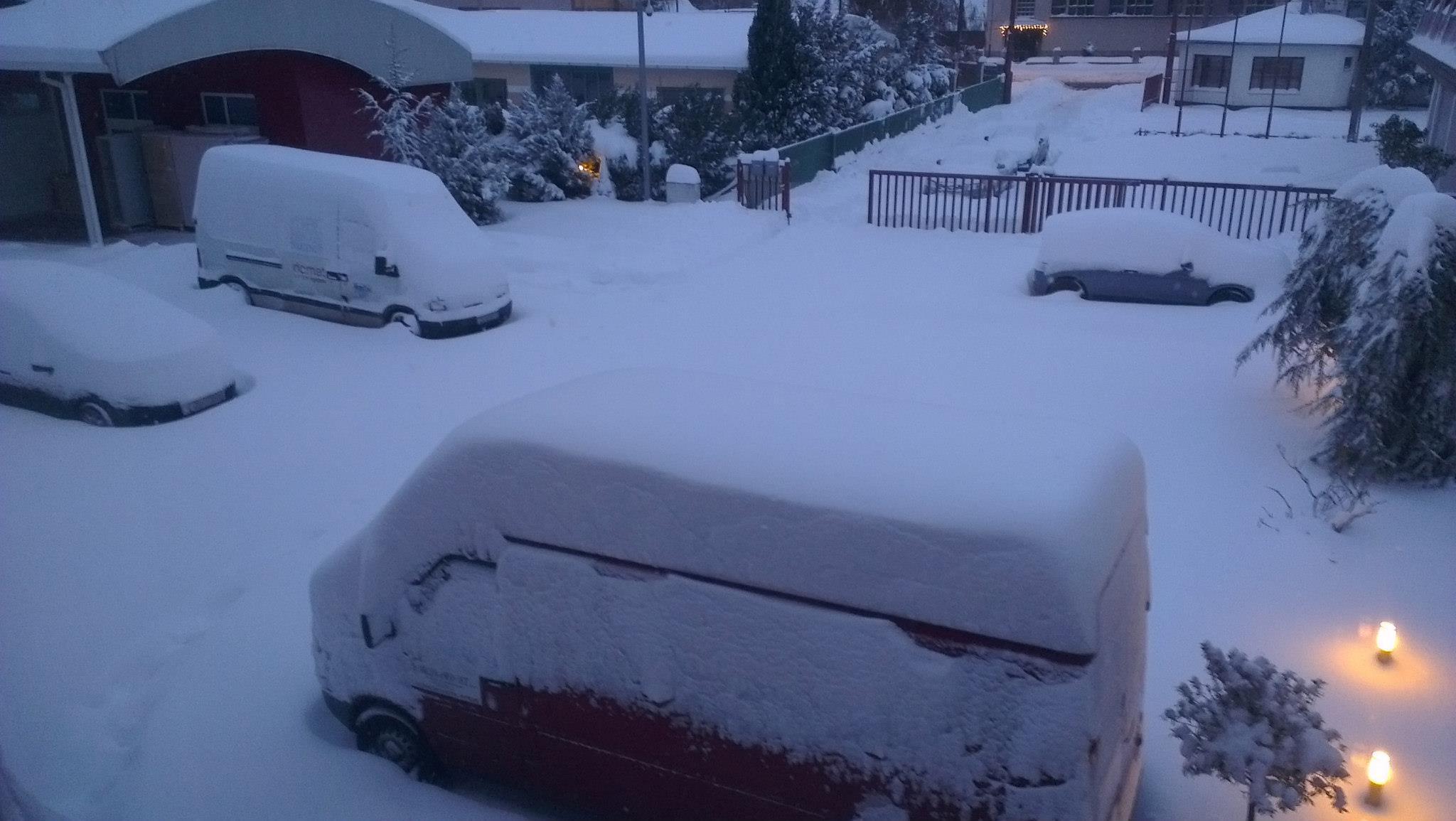 Radili smo novi website zatrpani snijegom