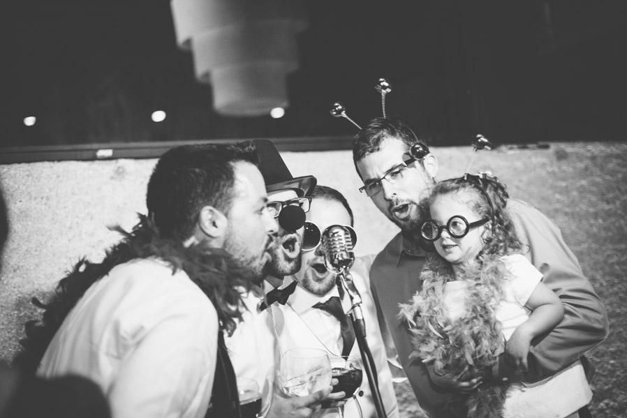 Al final de la boda, durante el baile, montamos un pequeño Videocall. La gente lo disfrutó muchísimo.