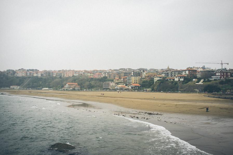 La playa de Getxo durante la única mañana que pasamos en Euskadi en la que no lucía el sol.