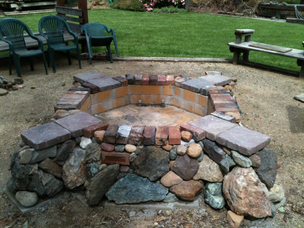 """Richards Rock Firepit"" 28""x112""x112"""