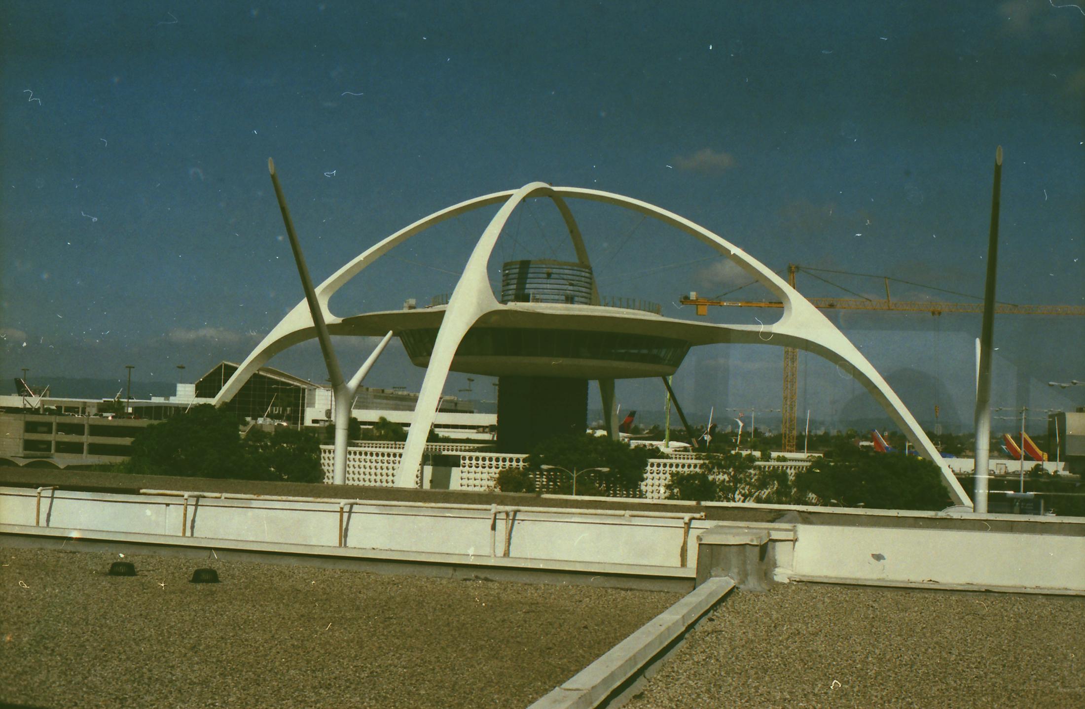 Theme Building, LAX - 35mm - Minolta XG-1 - Fujifilm Superia 400
