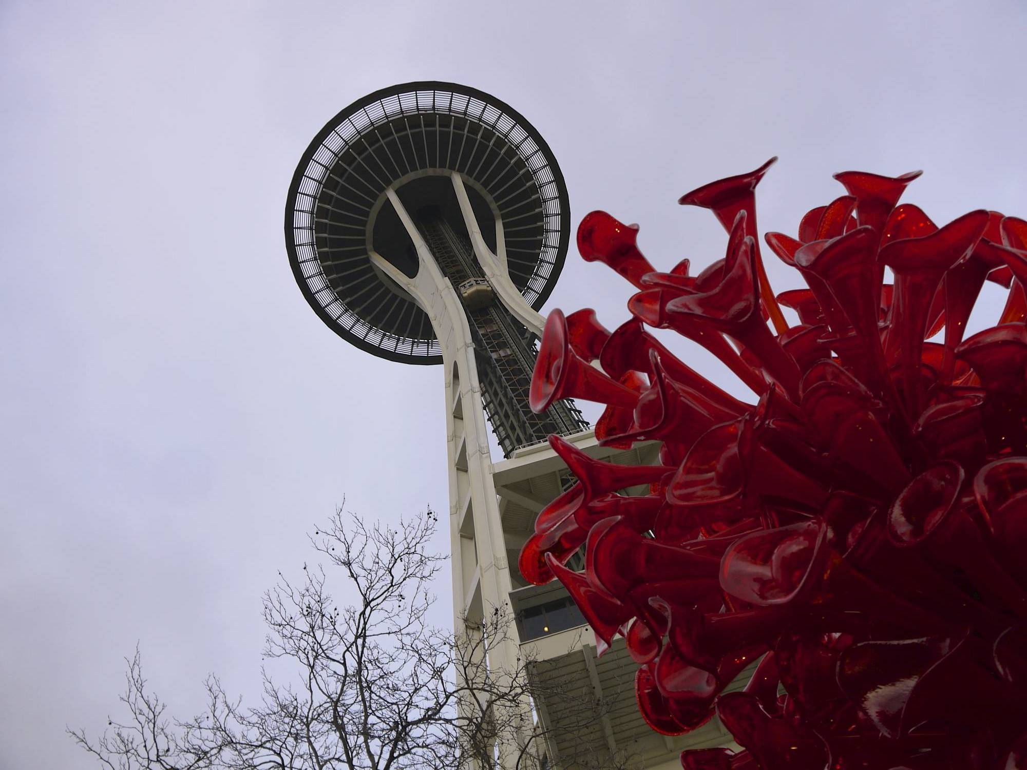 Space Needle and Chihuly