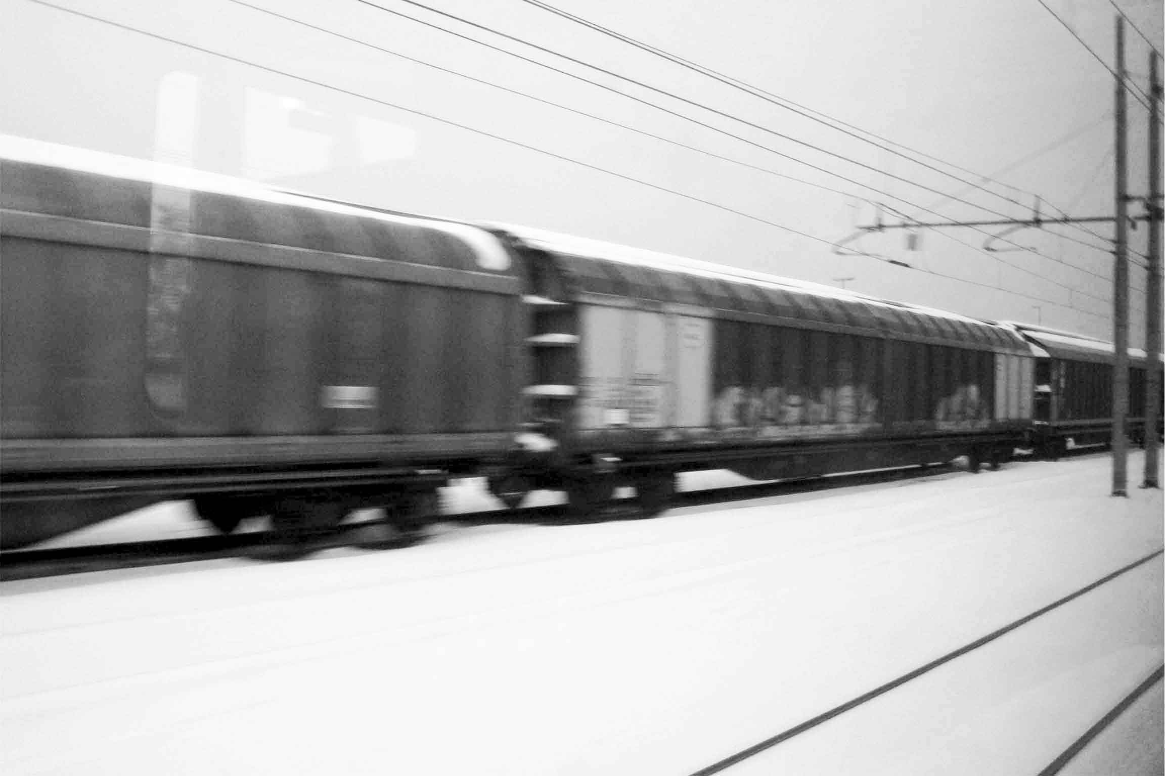 trains_bw_web.jpg