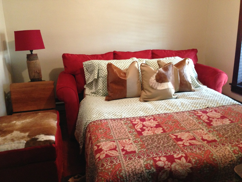 Cherry Run Suite: Living Room (shown in use as a second bedroom with Queen size pull-out)