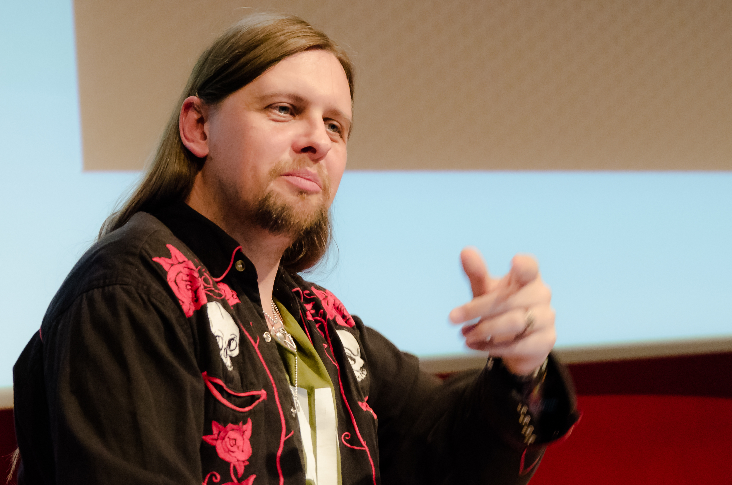 05 - AES Ceremony - Wes Maebe - Lecturer - Photo by Dirk Noy.jpg