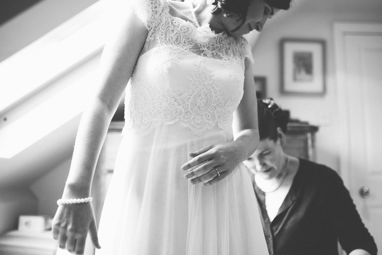 Bamburgh-wedding-48.jpg