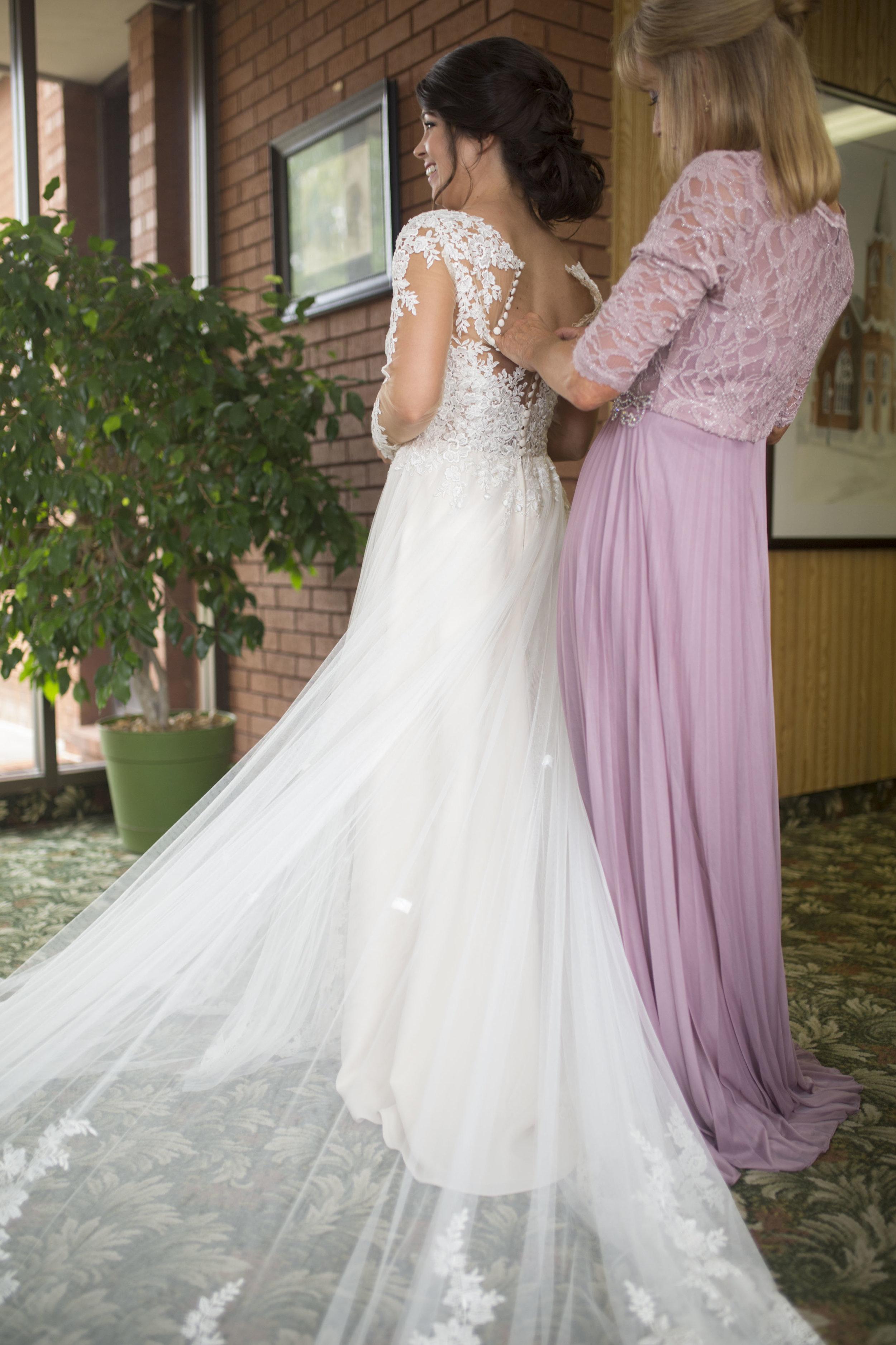 Nosbisch Wedding 5D 113.jpg