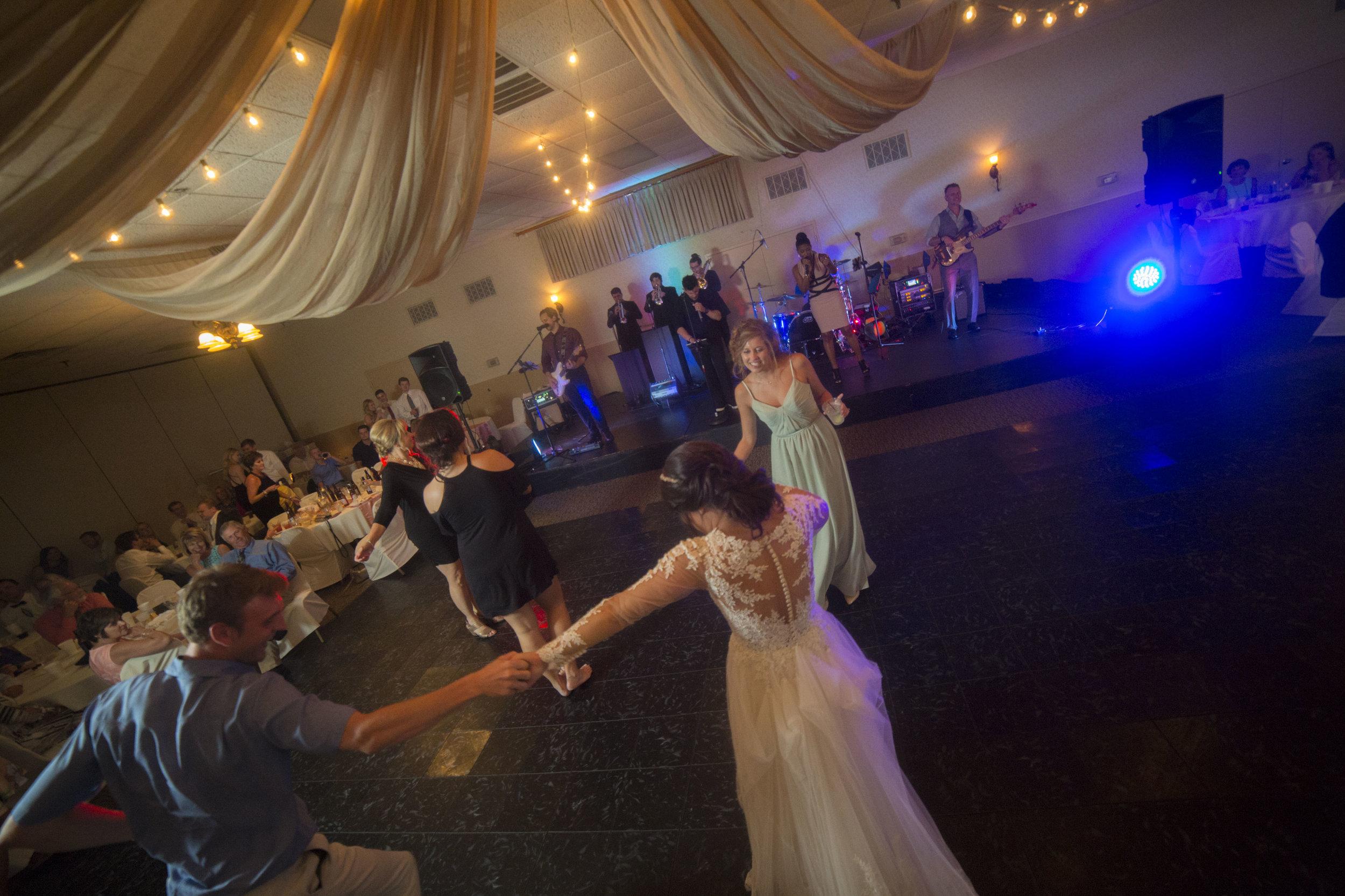 Nosbisch Wedding 5D 1580.jpg