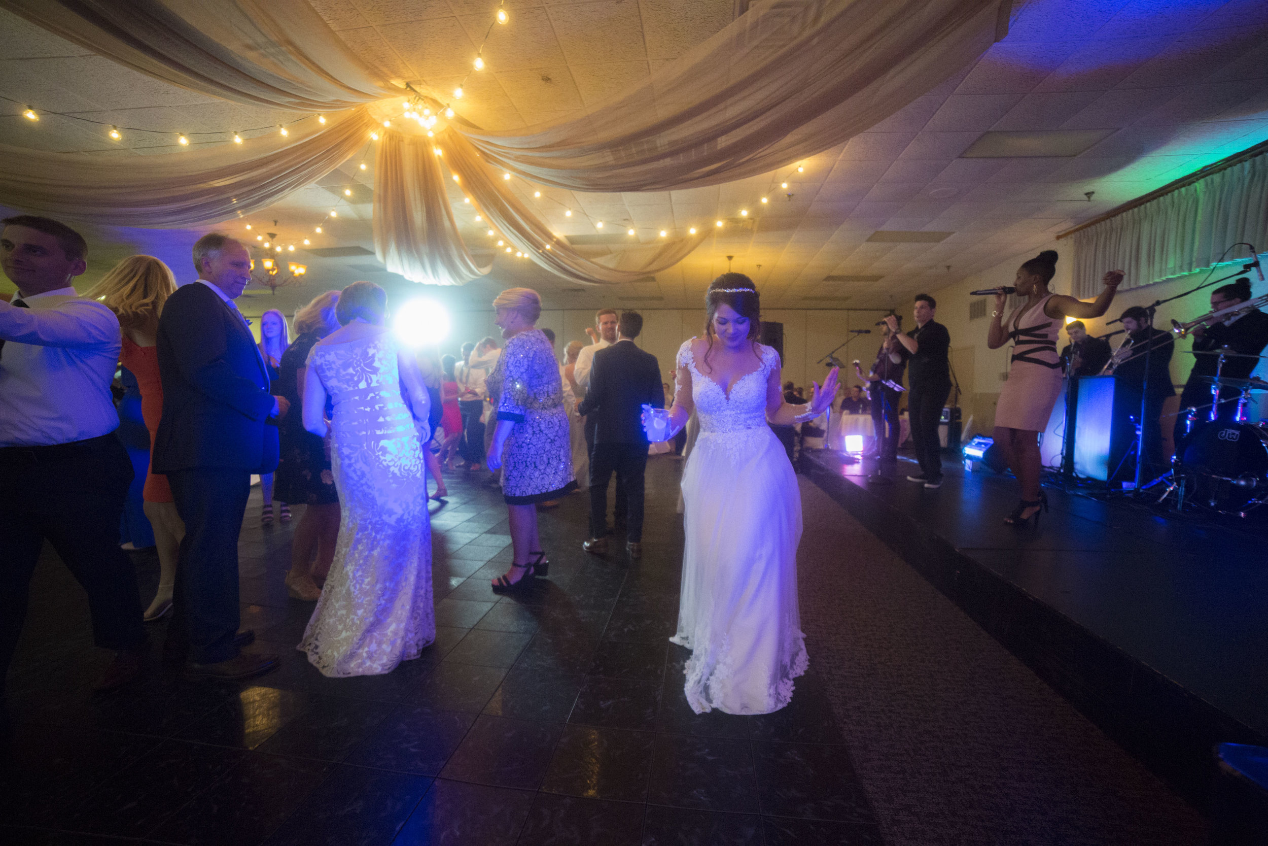 Nosbisch Wedding 5D 1657.jpg