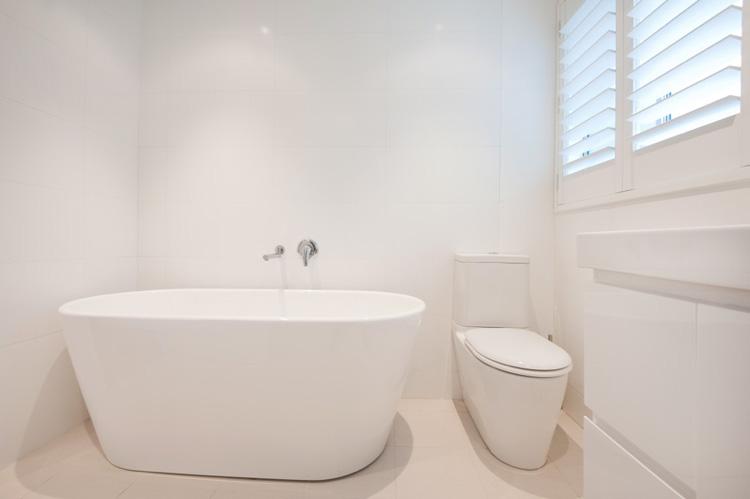 B2_Bathroom_8.jpg