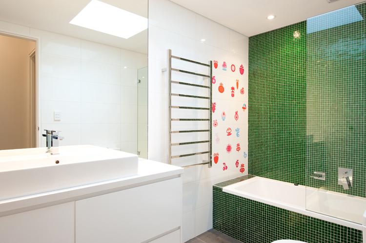 B2_Bathroom_5.jpg