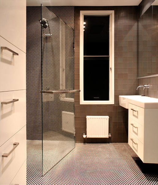 B2_Bathroom_11.jpg