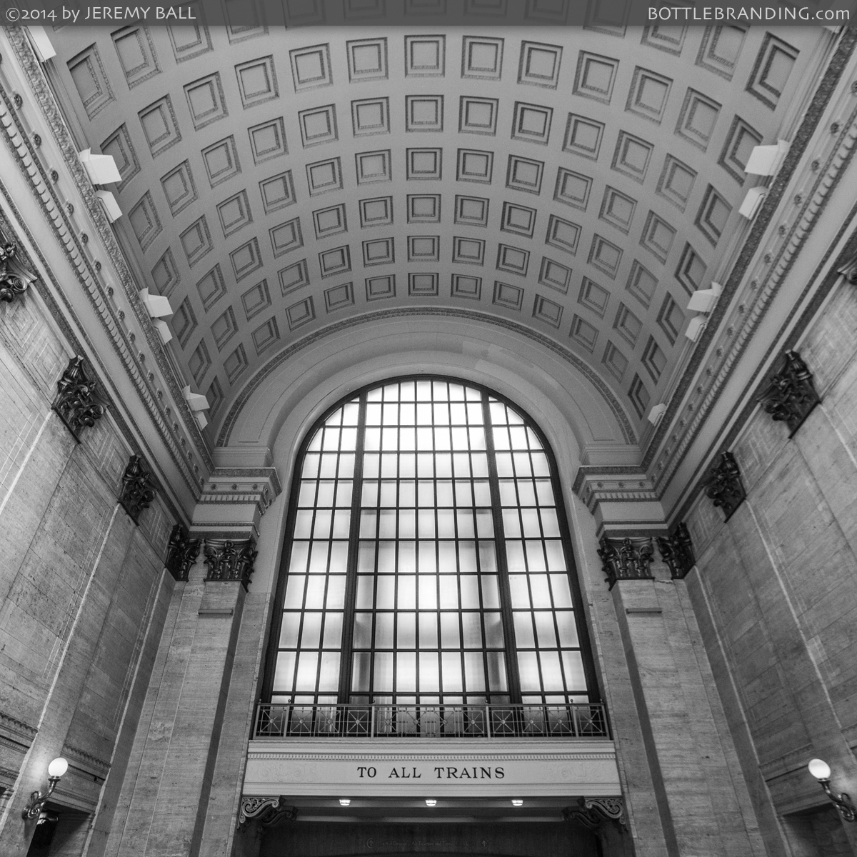 Union-Train-Station-Chicago.jpg