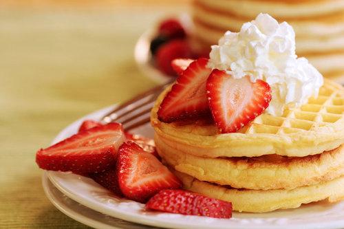 Strawberries-Waffles-Cream.jpg
