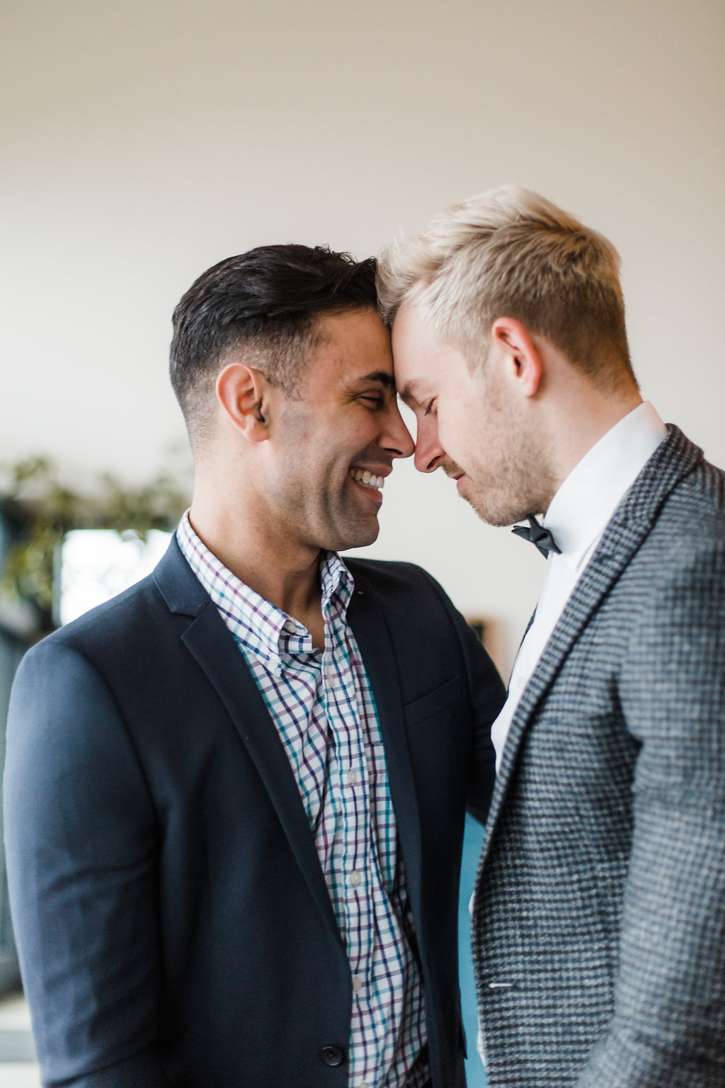 grooms in love