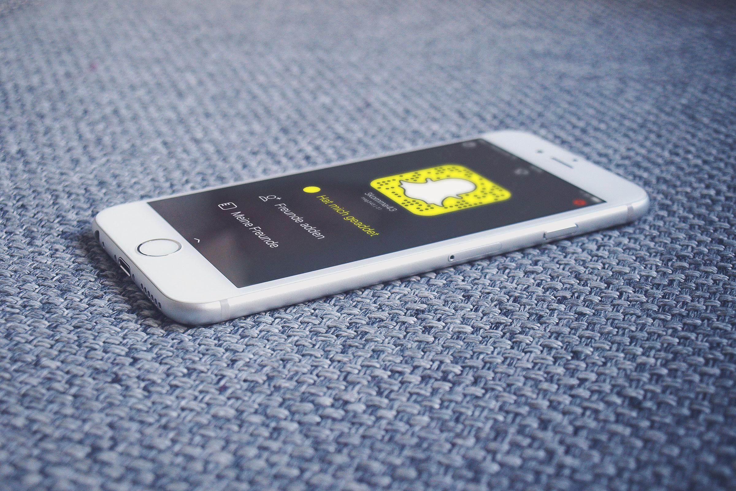 3komma43 auf Snapchat:  LINK