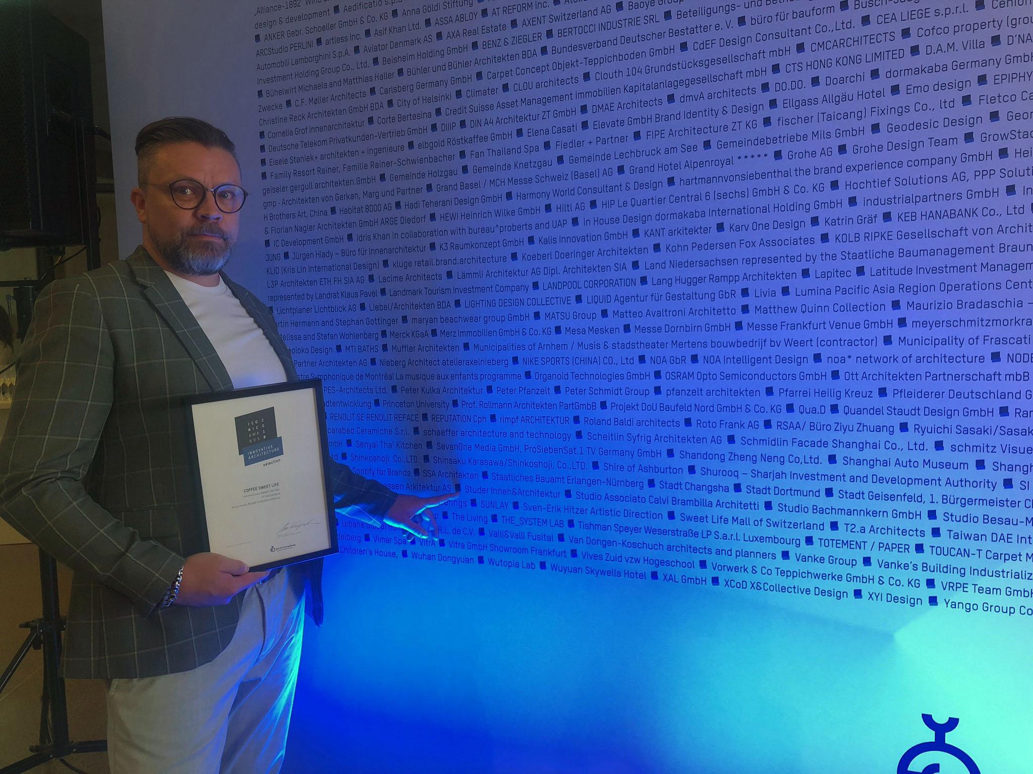 ICONIC AWARD 2018 Architektur Florian Studer.jpg