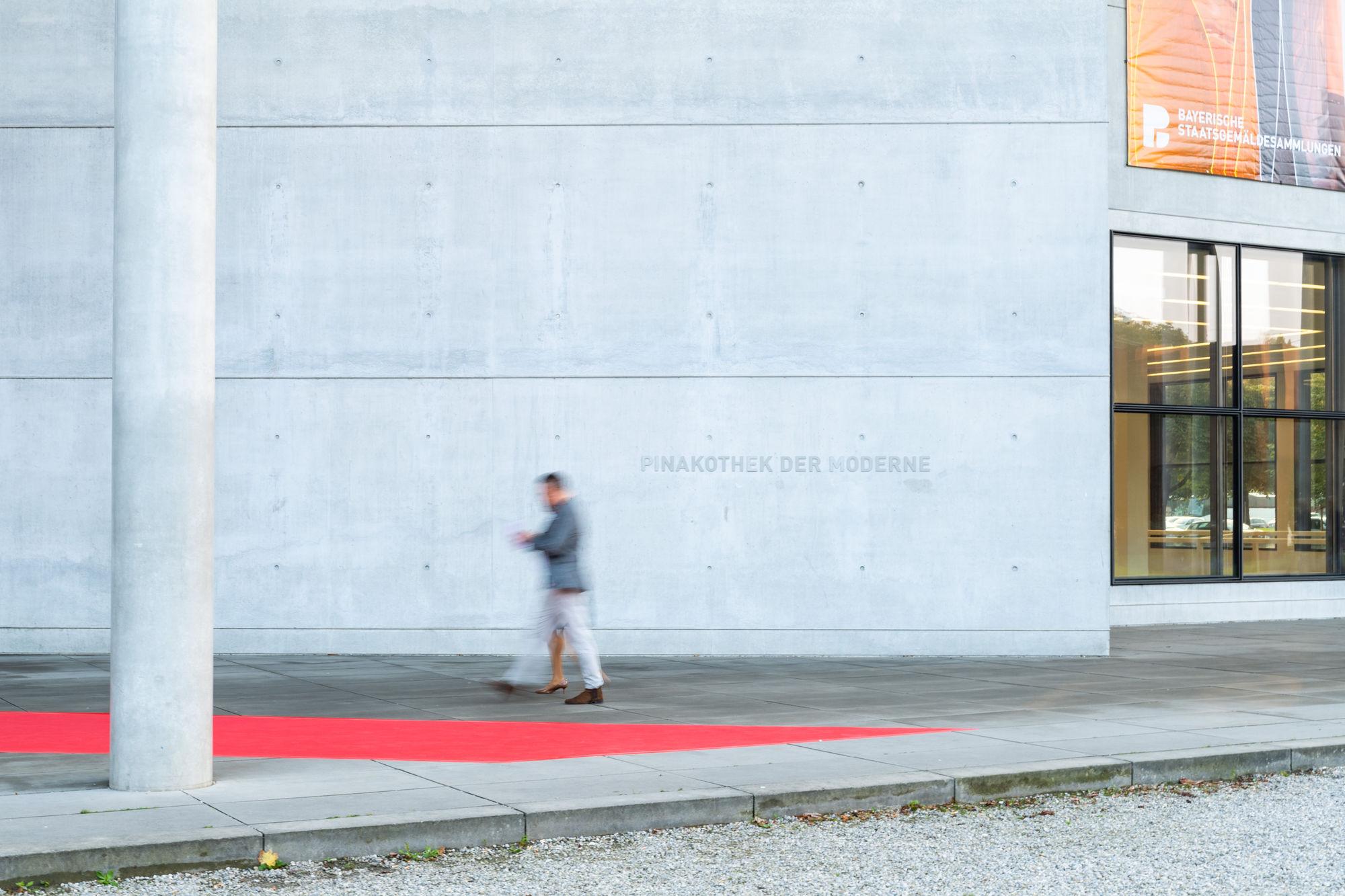 ICONIC AWARD2018 München Florian Studer.jpg