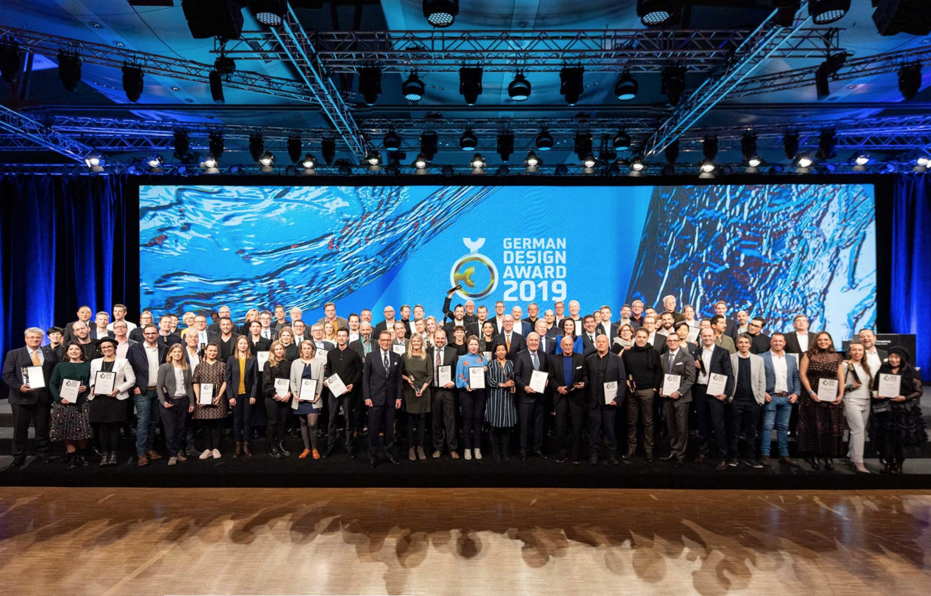 Verleihung_German_Design_Award_2019_Innen & Architektur_Studer_2.jpg.png