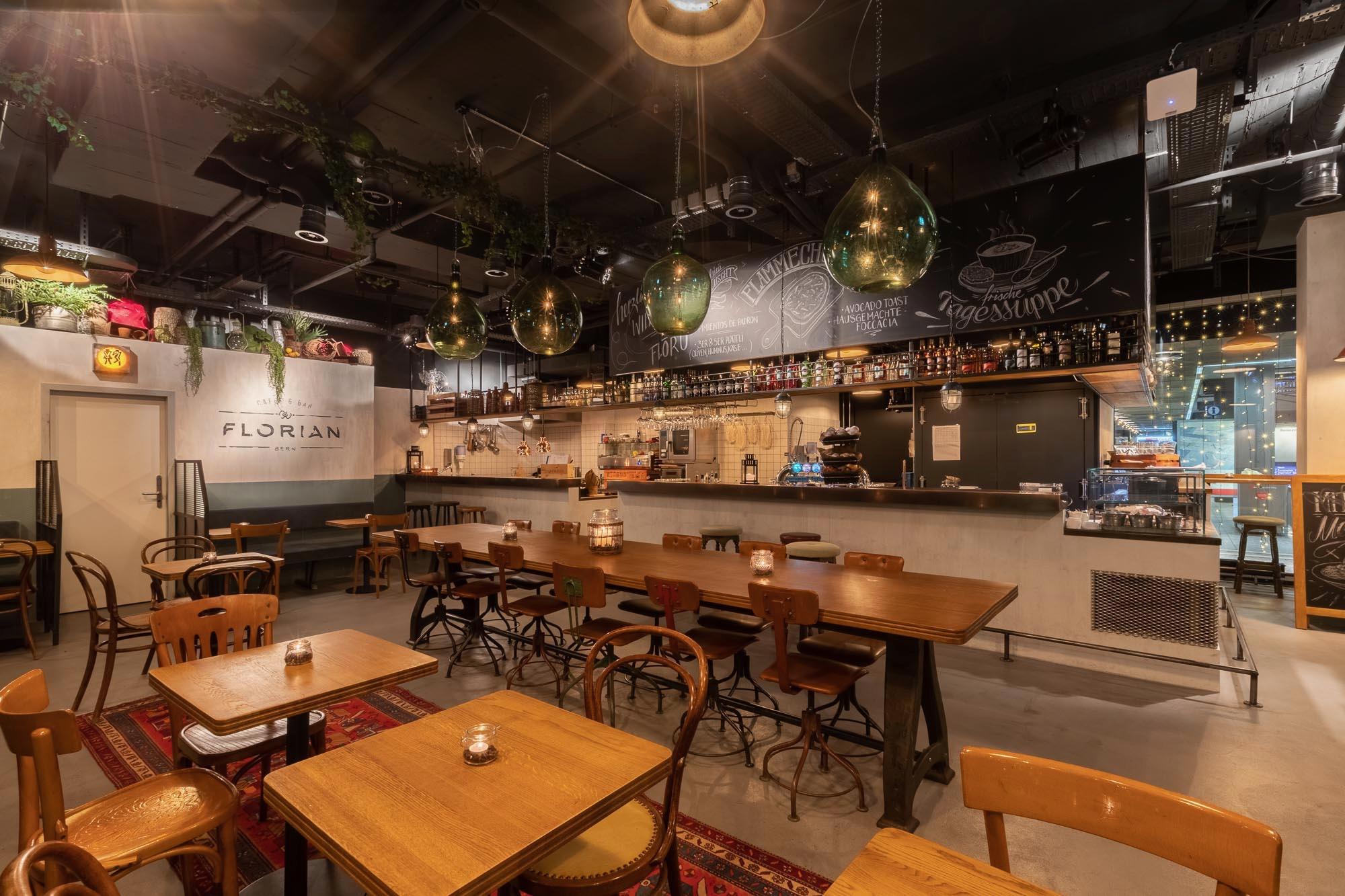 Innenarchitektur Cafe Florian Bern_Innen & Architektur_Studer.jpg
