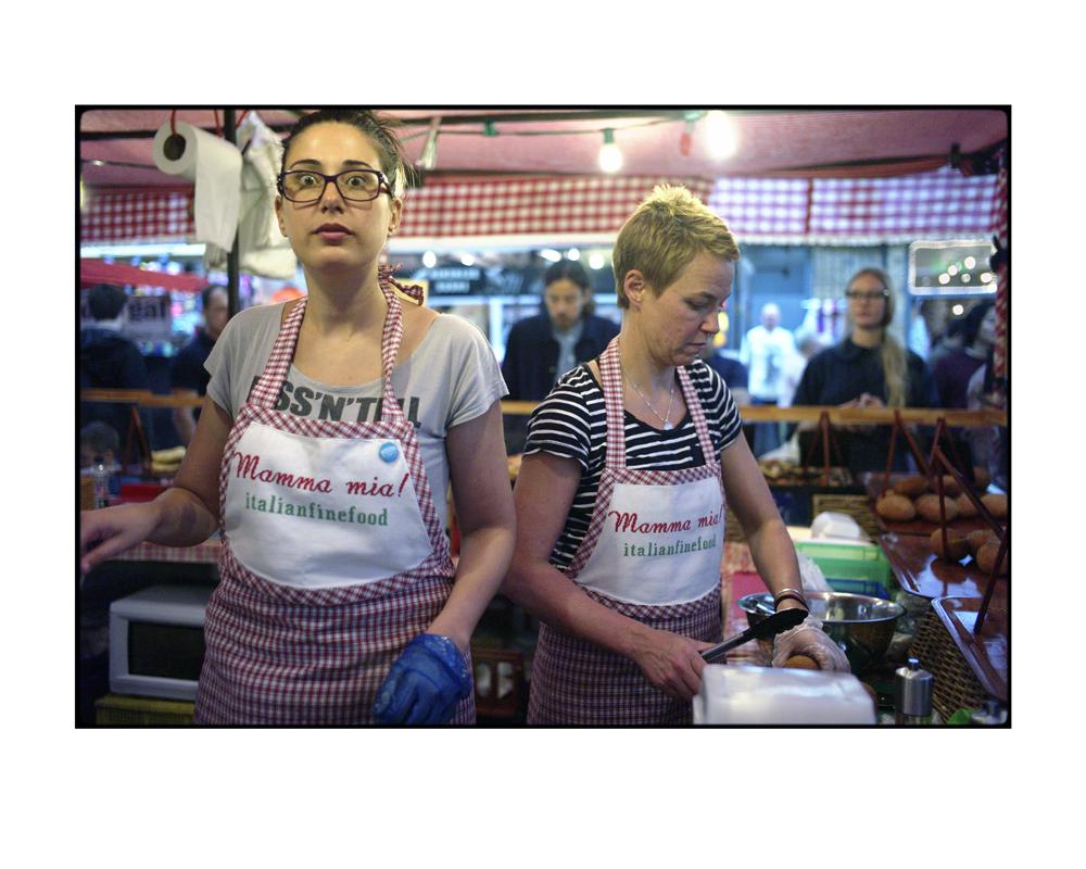 Market Girls : Sara x Mimi