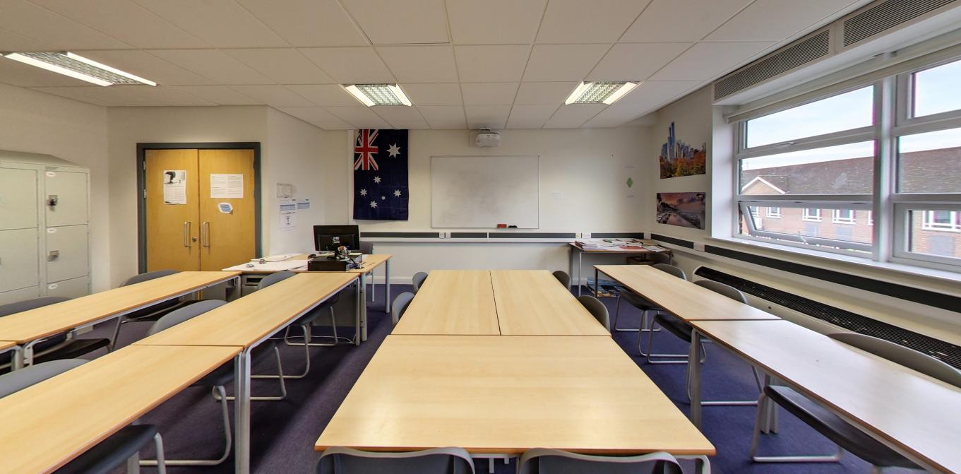 Classroom dimensions: 9m x 7m