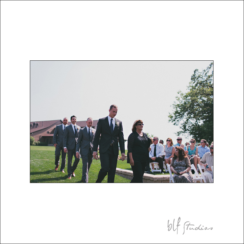 Outdoor wedding photographer at Bridges Golf course
