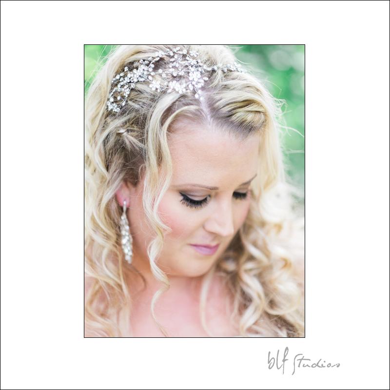 Winnipeg Wedding at The Gates (3).jpg