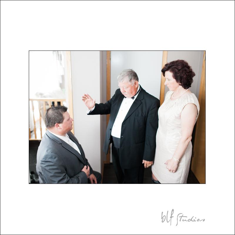 Winnipeg Wedding at The Gates (5).jpg