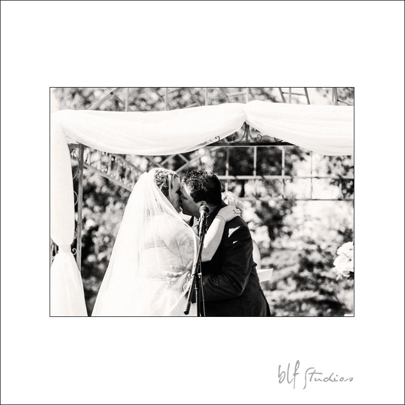 Winnipeg Wedding at The Gates (12).jpg