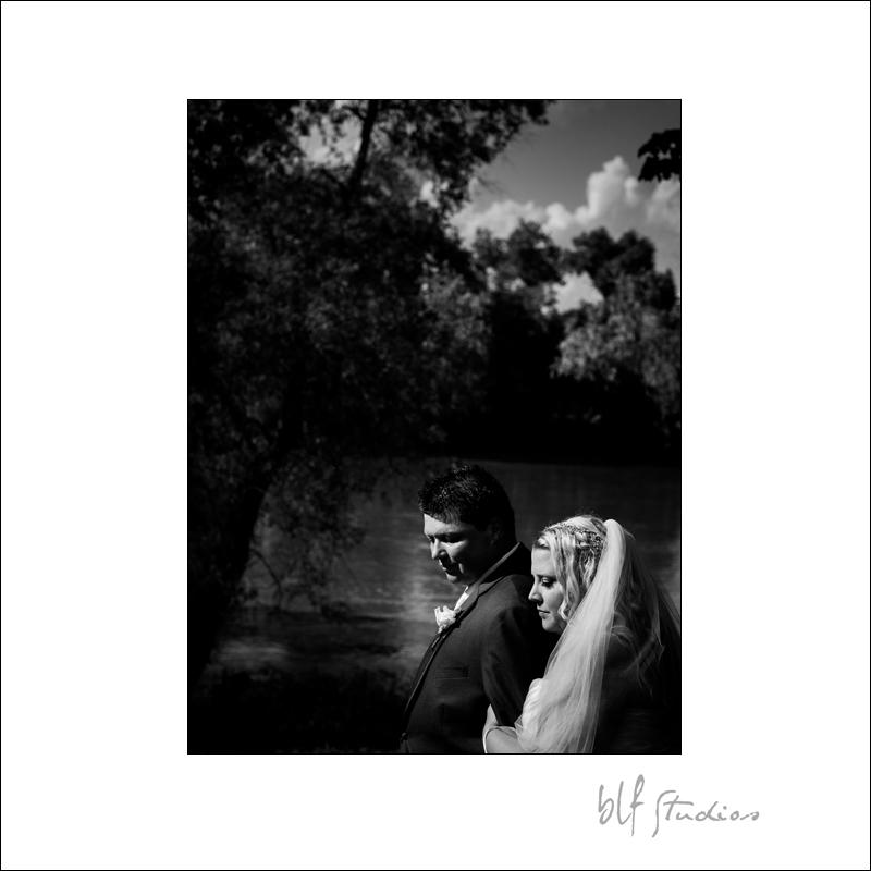 Winnipeg Wedding at The Gates (14).jpg