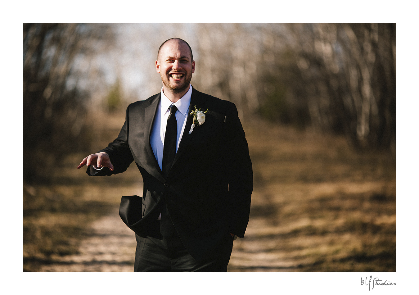 0025rimma-tyler--blfStudios-pineridgehollow-wedding.jpg