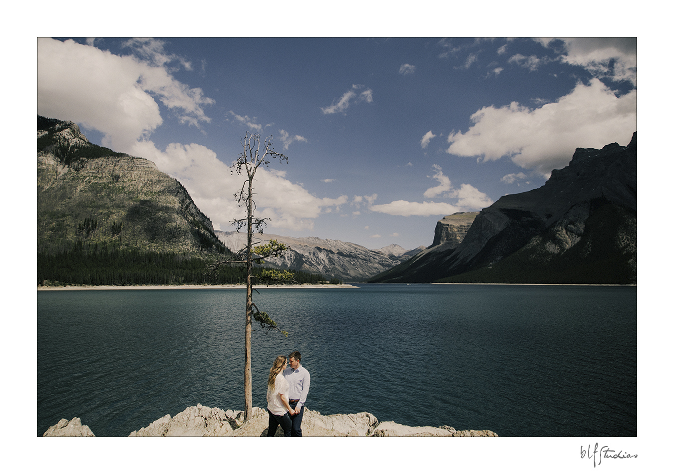 00001-blfstudios-banff-engagement-photos-amanda-eric.jpg