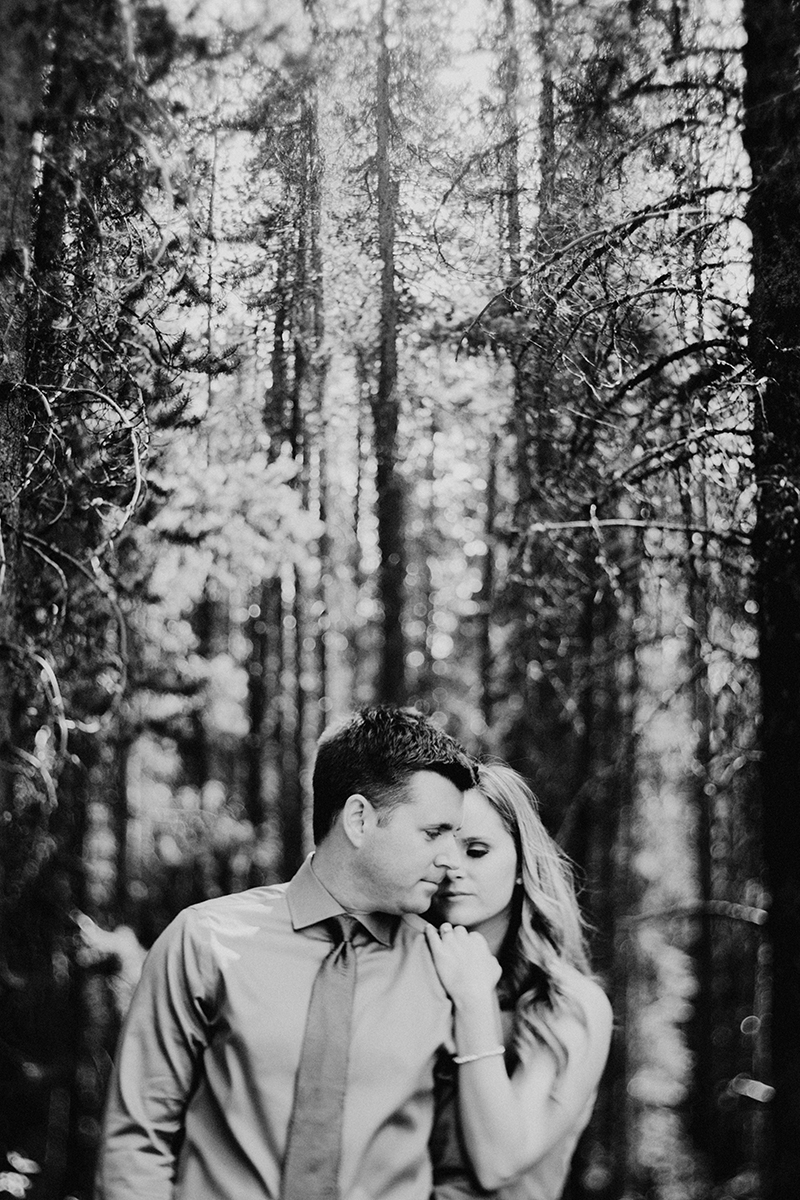 00009-blfstudios-banff-engagement-photos-amanda-eric.jpg