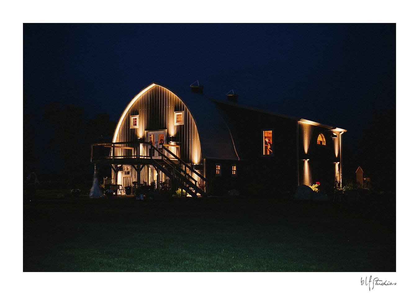 0052-blfstudios-hawthornwedding-chelsea-chris.jpg