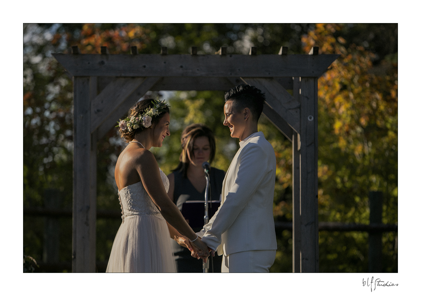 Winnipeg outdoor wedding ceremony venue