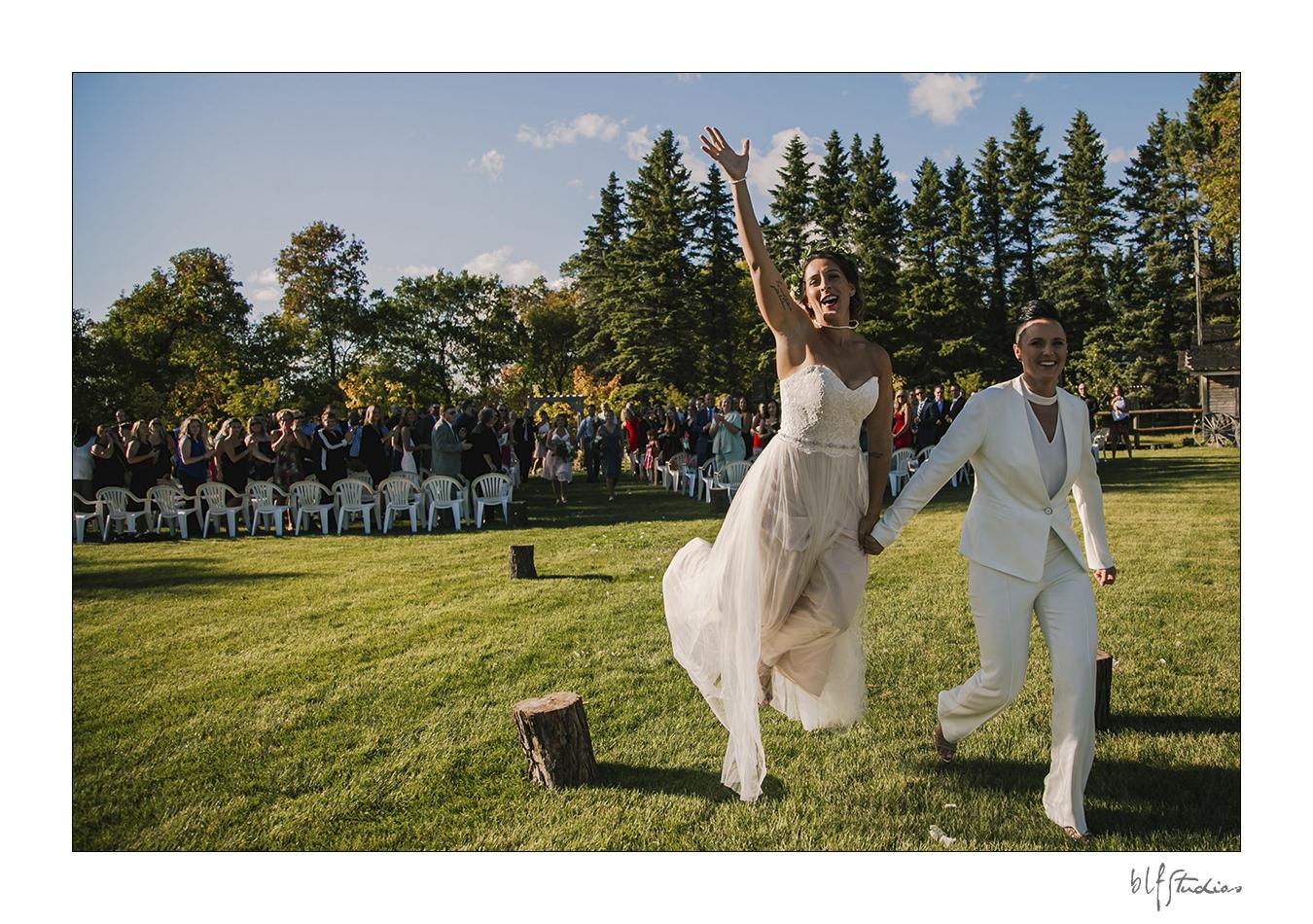 032-winnipeg-hitchnpost-wedding-marla-alana.jpg