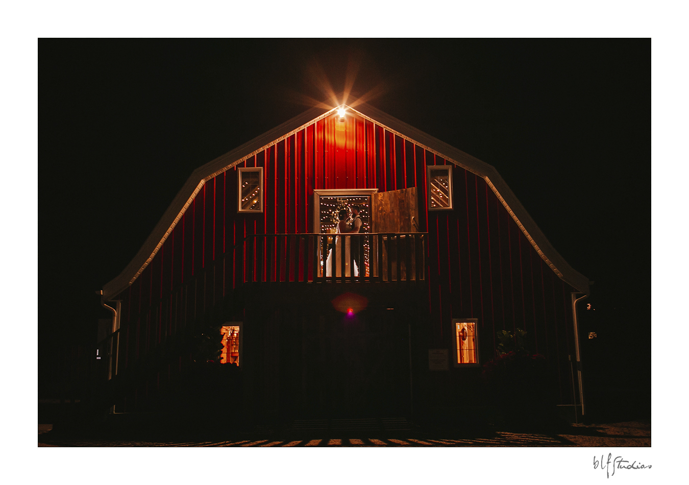 Rustic Wedding Barn Steinbach photos