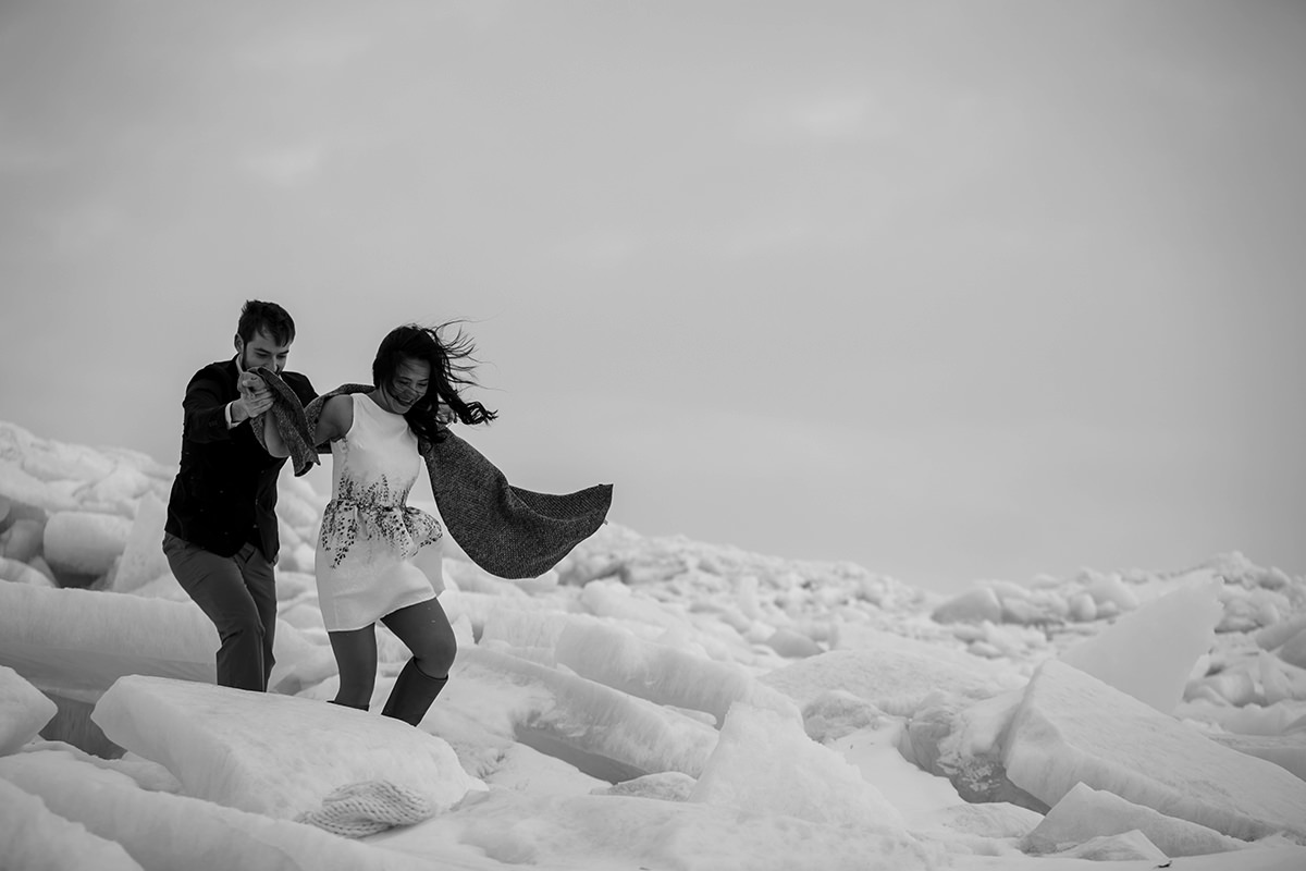 0004-gimli-engagement-photos-winter-blfstudios.jpg